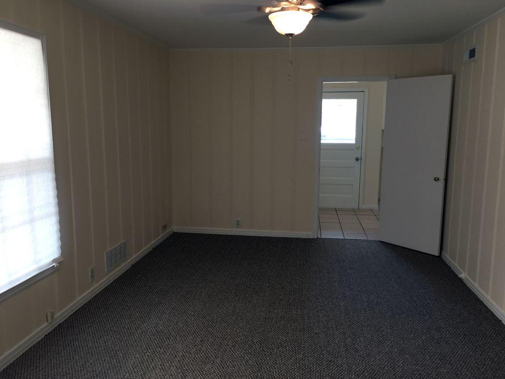 1803 N Alexander St, Sherman, TX 75092